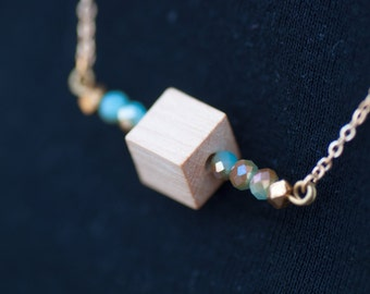Under the sea #1 - Delicate turquoise geometric bar necklace - gold plated