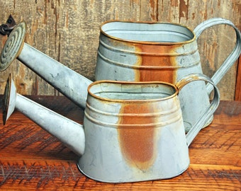 Watering Can - Water Can - Vintage Water Can - Vase - Galvanized Watering Can - Rusty Watering Can - Country Water Can