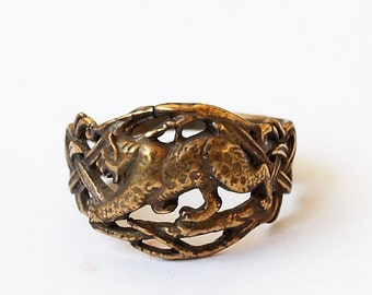Bobcat ring, Bobcat jewelry, Brass ring, Brass jewelry, Cat ring, Cat jewelry, Modern ring, Modern jewelry, Unusual ring, Wild cat ring