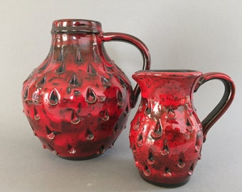 Fratelli Fanciullacci Strawberry Set of 2 vases, relief motiv  , 2 vintage Mid Century Modern Italian   vases  from the 1970s.