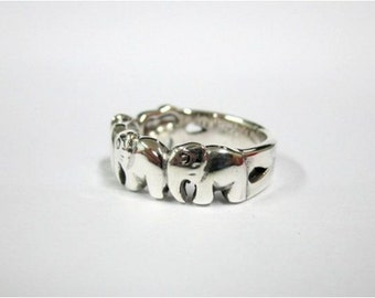 RP035 Sterling Silver Elephants Plain Ring ,Weight 5.0 g.