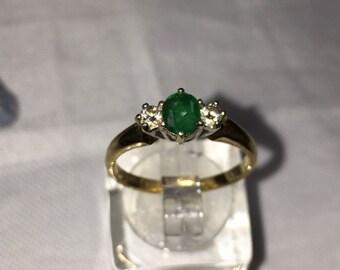 Fabulous 9ct Emerald and diamond ring UK size M