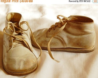 SALE Vintage Children's Shoes - Buster Brown, White Leather, 1950s
