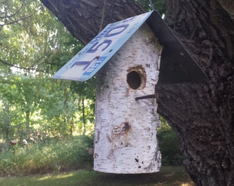 Rustic Birch log birdhouse with Minnesota license plate roof also have Wisconsin and Michigan plates