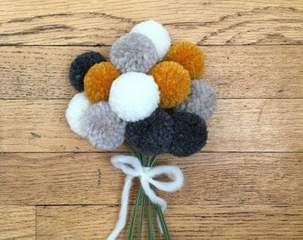 Pom Pom Flowers, Fall Flower Bouquet, PomPoms, Yarn Flowers, Pom-Pom Flowers, Floral Arrangement, Wedding Bouquet, Pom Pom Centerpiece, Poms