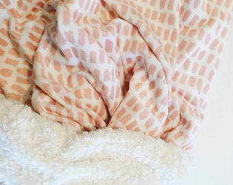 baby blanket // PINK STROKES