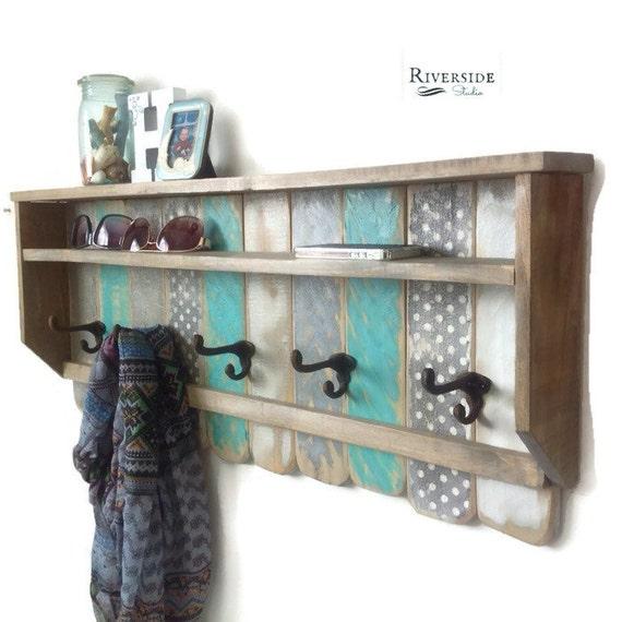 entryway wood shelf with hooks rustic pallet coat rack. Black Bedroom Furniture Sets. Home Design Ideas
