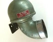 "El Toro Air Horn, Bull Horn, Original ""Bellow of the Bull"", E. A. Laboratories, Inc, Vintage Green"