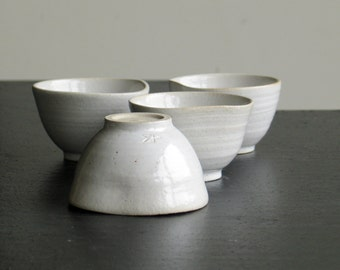 Mini Cup. Mini ceramic bowl. Cup tea, coffee, spices, soy sauce.... Turned stoneware handmade by Mary Tual.