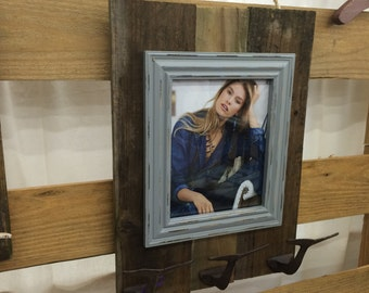 Rustic Whaletail Hook Picture Frame