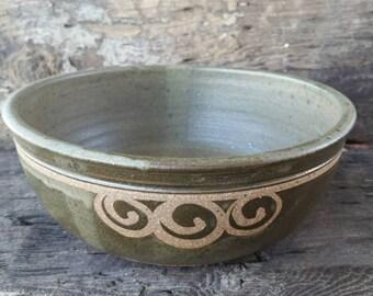 Lg matte green bowl