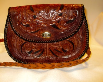 Beautiful Vintage 70's Tooled Leather Shoulder Bag / Purse.