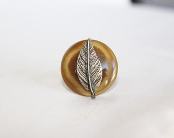 Feather and Button Adjustable Ring