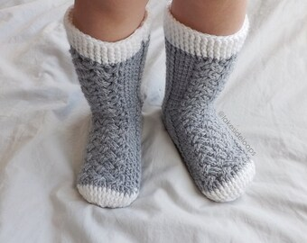 Crochet Pattern - Parker Cable Socks by Lakeside Loops - includes 11 sizes - Baby (6 Months) through to Mens/Womens Adult sizes