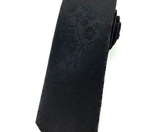 Black paisley 6.5cm skinny tie. Slim Tie.Narrow Thin Tie. Skinny Tie. Formal Necktie. Black tie. Skinny ties