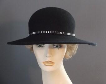 Black felt wide brim bowler, black felt wide brim hat, silver & black band, womens winter hat, hand blocked, wired brim, tea, church, lunch