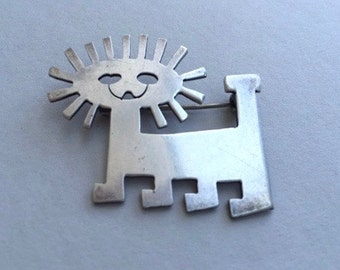 Adorable Sterling Silver Lion Pin