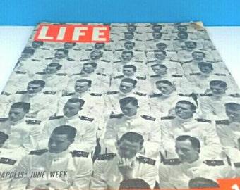 Super Retro 1939 Life Magazine, Vintage Life, Life Magazine, 1939, Retro Life Magazine, Anapolis Cover, Navy Cadets Cover.