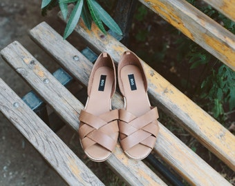 NEW! brown leather sandals