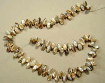 SALE. Natural White Shell Beads, 9-10mm, Hole Approx 0.8mm, Length:Approx 15 Inch  (293BB499-54)