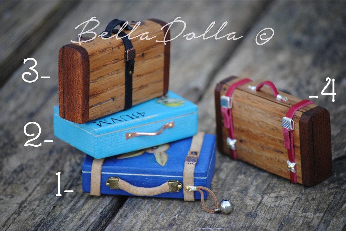 valise en bois l chelle 1 6 pour blythe et pullip fait. Black Bedroom Furniture Sets. Home Design Ideas