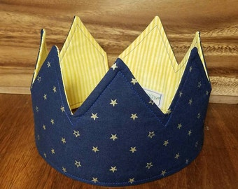 """21"""" reversible and adjustable fabric crown for kids to adults."""