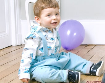 Baby sarouel/ pants in sky blue corduroy with straps.