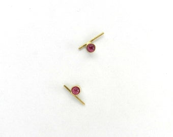 9 ct yellow gold and ruby stud earrings