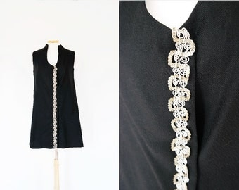 Vintage 1960s Sleeveless Black Shift Dress with Sequins