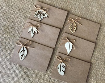 Placecards/ wood leaves placecards/ winter placecards/ leaves placecards/ leaves decor/ tablescaping/ leaf tablescaping/ Kraft placecards