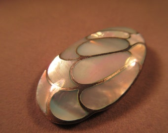 Trendy Sterling Silver Abalone Pendant