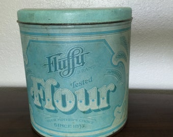 VINTAGE 1970's Fluffy Flower Tin