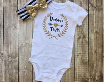 Daddy's Twin Outfit, Little Girl Bodysuit, Daddy's Girl, Any color, Baby girl Bodysuit, Cute Bodysuit