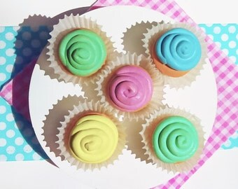 """Doll Cupcakes with Stand for American Girl Doll 18"""" - Pretend Play Doll food"""