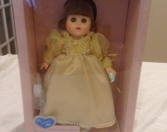 """Vintage Vogue """"Ginny Beauty"""" doll from the """"Make Believe"""" collection"""