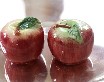 Cute Little Vintage Apple Salt and Pepper Shakers