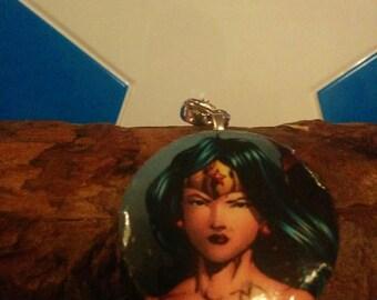 DC Wonder Woman Justice League Keychain