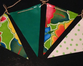 12' Tropical Twist Green Oilcloth Pennant Banner Bunting