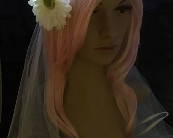Single Daisy Bridal Veil LED Flower Crown, perfect for bachelorette parties, festival weddings, night ceremonies, wedding receptions,