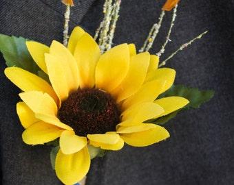 Sunflower boutonniere ~ Sunflower wedding ~ Fall wedding ~ Fall boutonniere ~ Orange boutonniere ~ Sunflower lapel pin ~ Sunflower corsage