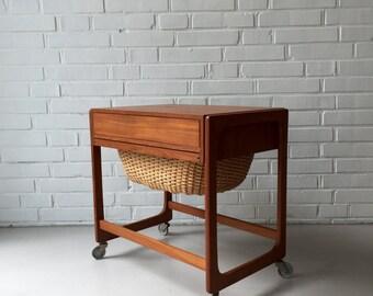 Vintage sewing box, table coffee table mid century, teak, teak Denmark