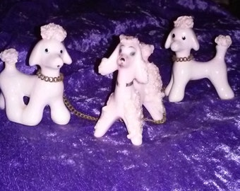 Vintage Pink Spaghetti POODLE TRIO Chained Together,Very Special,Made by Norcrest,Check Out All5 Pictures,Very Cute,No Chips,Awesome set