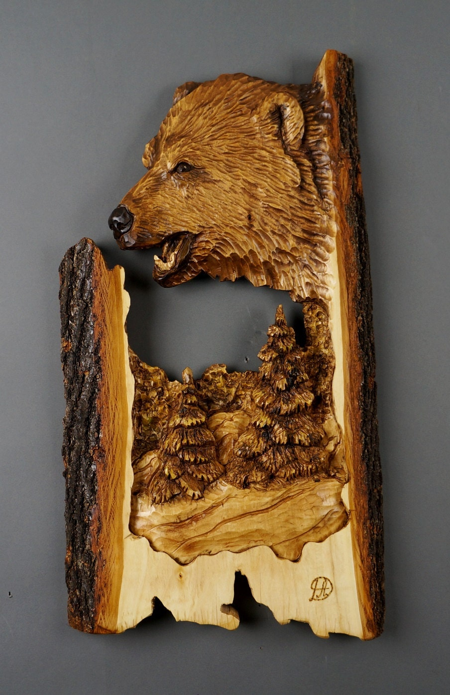 Bear carved on wood art wall sculpture animalier