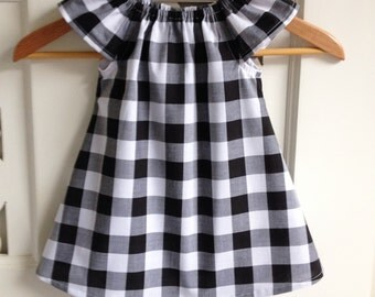 Baby Girls Dress Size 1  Peasant Dress / kids clothing / babies clothing / Size 1 / 12-24 months  / black and white check / babies dresses