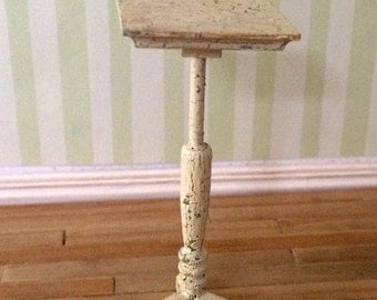 Dollhouse Miniature plant stand