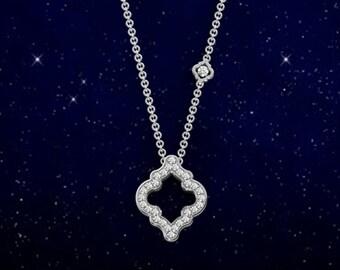 Maroccan quatrefoil diamond pendant