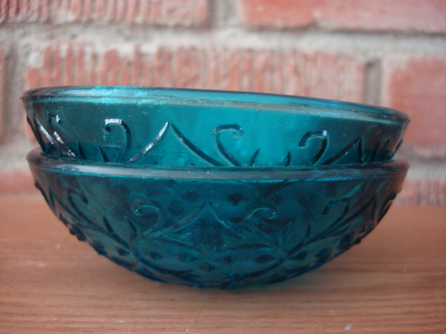 Vintage turquoise glass candy dishes set of 2 1960s fun for Cuisine turquoise
