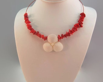 Red Coral Necklace White Flower Necklace White Flower Jewelry Coral Jewelry Resort Wear Seashell Flower Statement Necklace Resort Jewelry