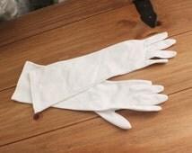 vintage Gloves, formal ,bridal, Wedding, White, marilyn monroe, mad men ,gift, prom debutante rockabilly mardi gras pinup formal bridesmaid
