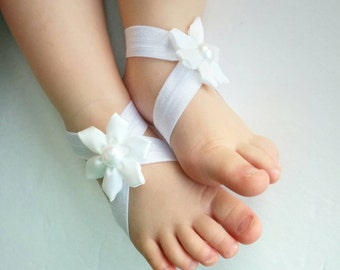 White Baby Barefoot Sandal, Baby flower Shoes, white Sandals, Baby Girl Shoes, white shoes, baby shower gift